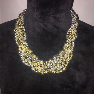 Jewelry - EUC GOLD & SILVER ENTWINED NECKLACE